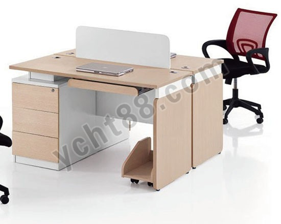 点击查看商品:木制办公桌